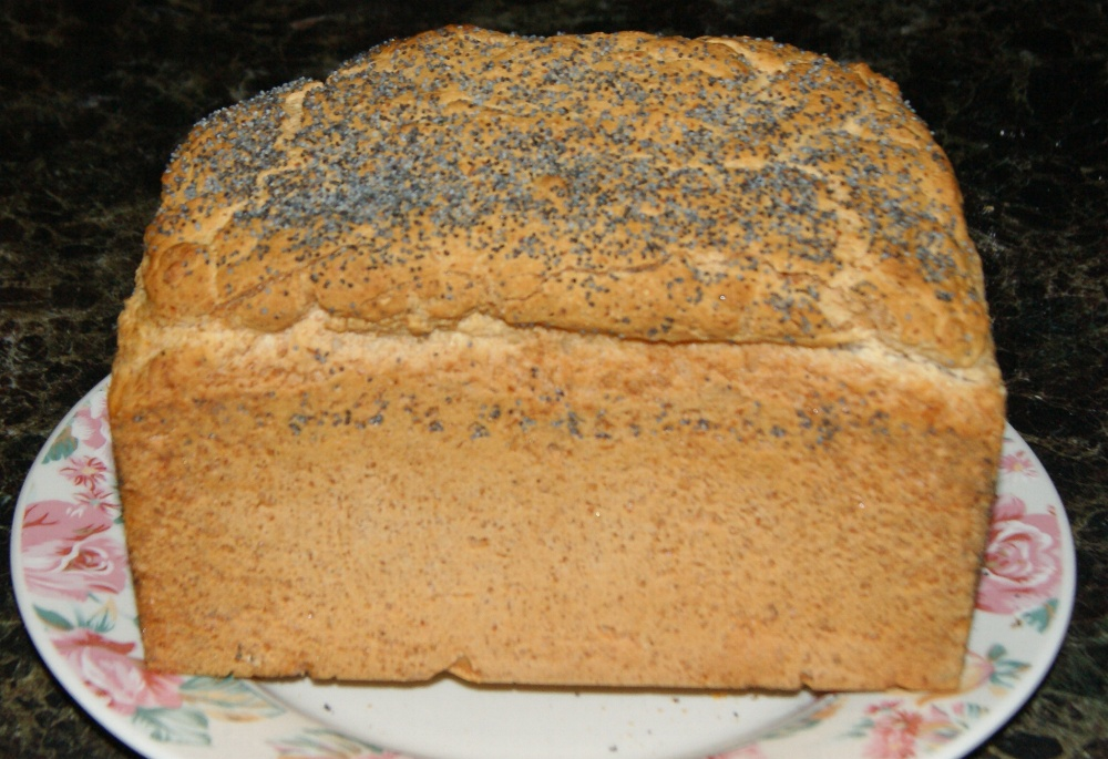 gluten-free-2lb-loaf-with-poppy-seeds