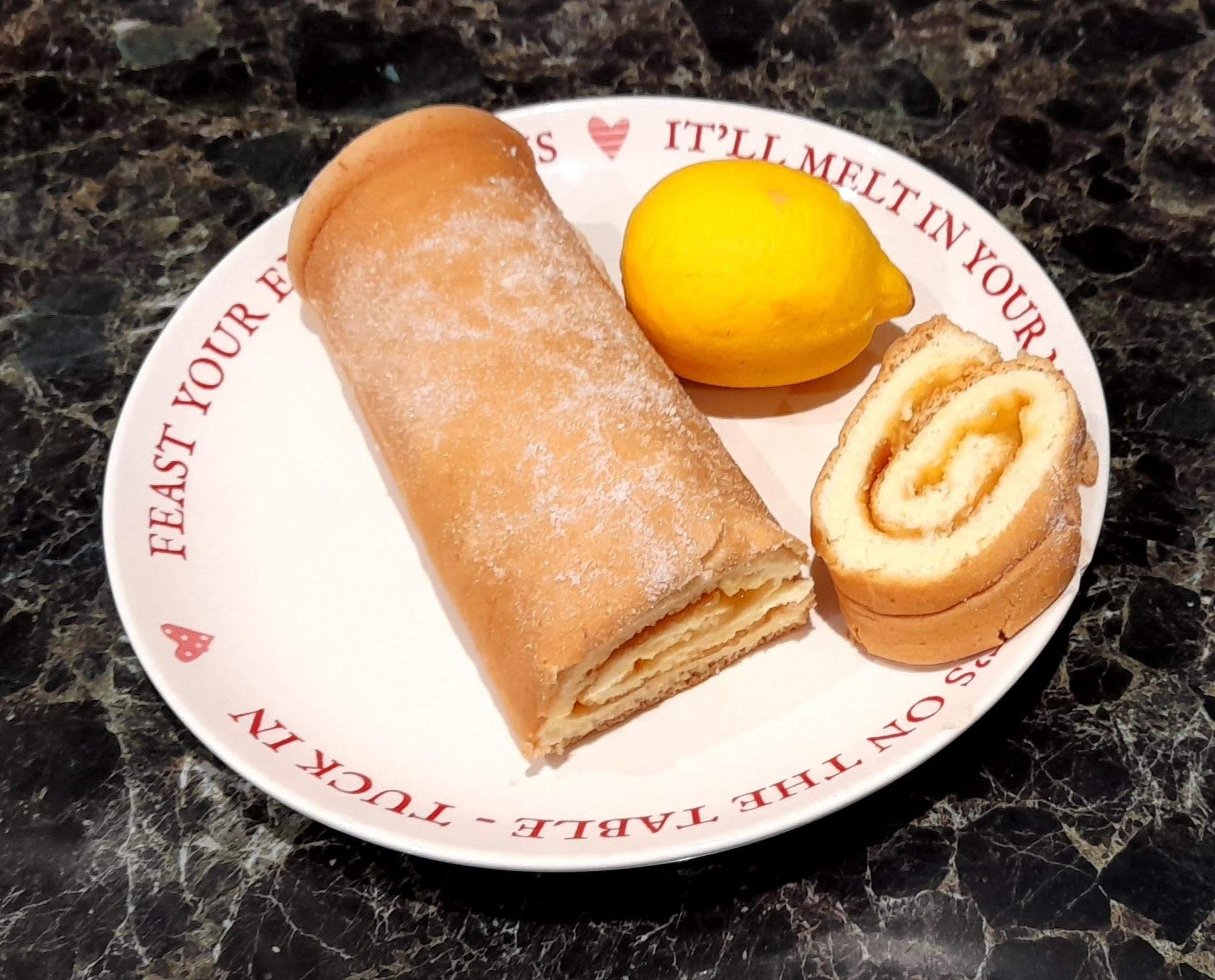 lemon curd swiss roll
