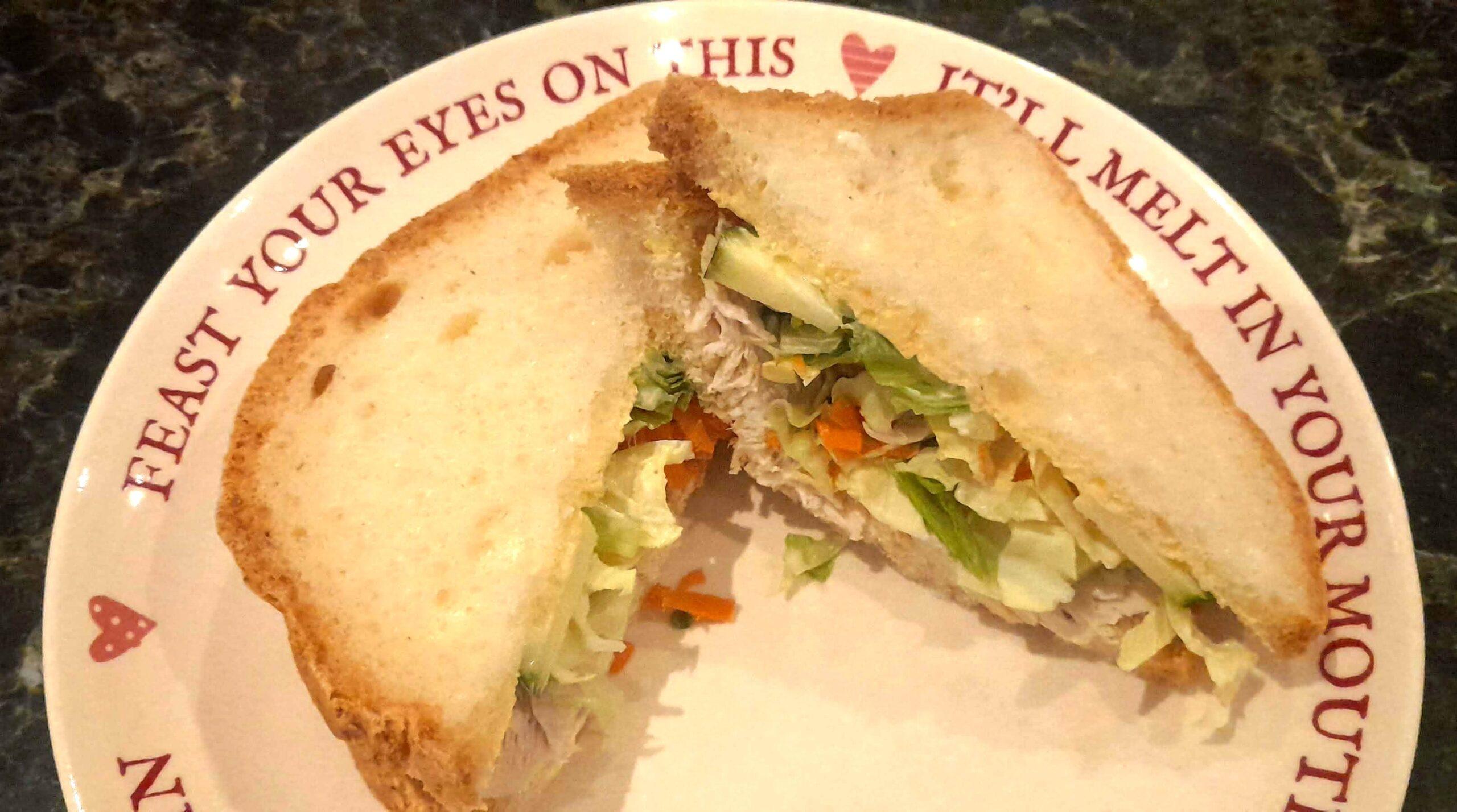 soft gluten free bread chicken sandwich